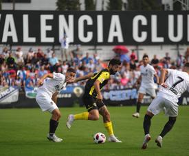 El Valencia Mestalla necesita ganar para no caer en descenso. Twitter/cfhercules