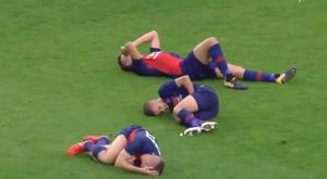 Los tres jugadores cayeron en la misma jugada. Captura