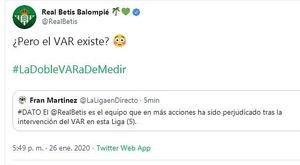 Quand le Betis Séville ironise sur la VAR sur Twitter. Capture/Twitter/RealBetis