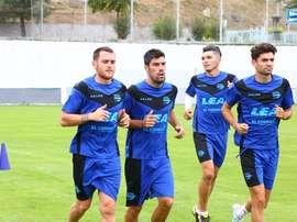 El Alavés se ejercitó por última vez en Turquía, antes de viajar a Alicante. Alavés