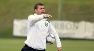 Umberto Louzer não é mais técnico do Coritiba. Coritiba