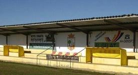 Un club de Valencia cerrará la entrada a los aficionados que falten al respeto. Twitter