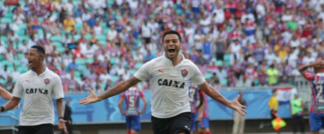 Vitória se llevó los tres puntos ante Coritiba. Vitória/Archivo