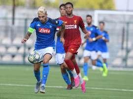 Nápoles y Liverpool empataron a un gol. Twitter/sscnapoli