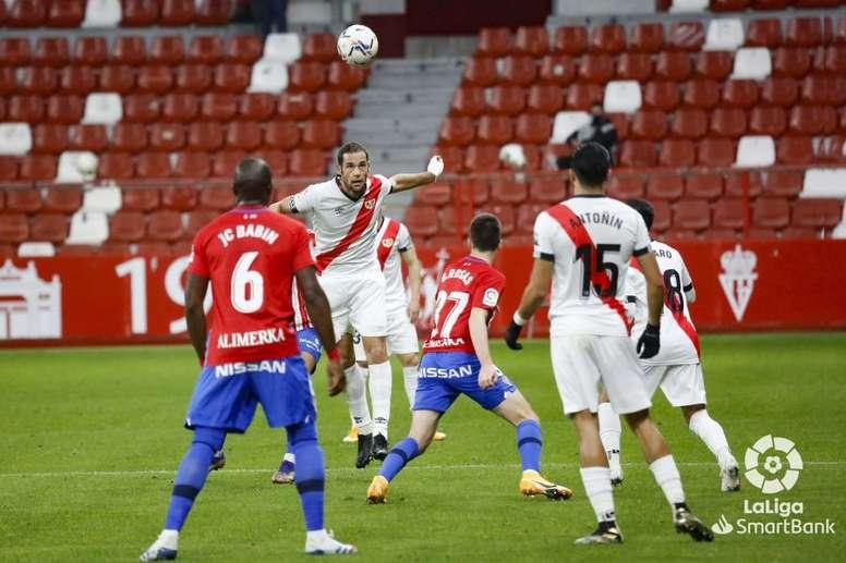 El Rayo se enfrenta al Elche en la Copa. LaLiga