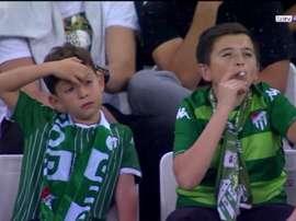 The true story behind the youngsters seen 'smoking'. Screenshot/BeINSports