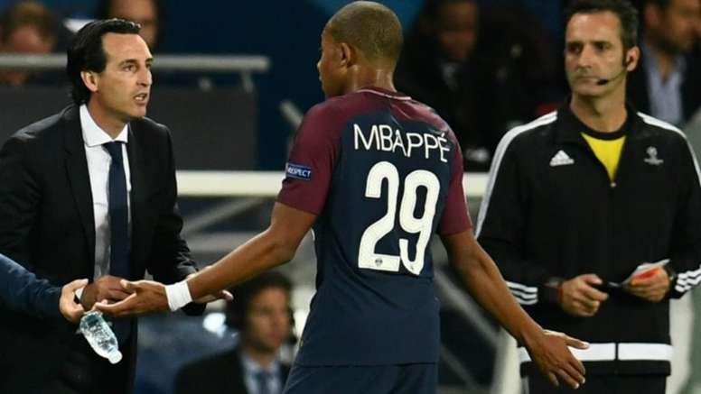 Emery frenó el deseo de Mbappé de irse al Madrid. AFP