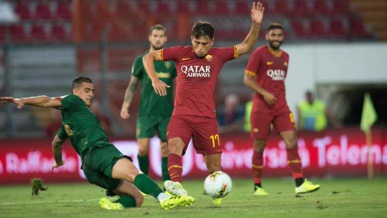 La Roma empató 'in extremis' gracias a un penalti inexistente. AthleticClub
