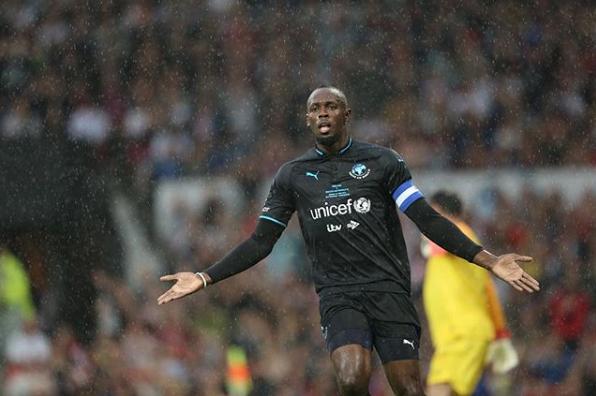 Bolt jugó en Old Trafford por una buena causa. Instagram/Socceraid