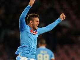 Uvini no seguirá en el Nápoles. UEFA