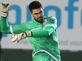 Voctor Valdes was loaned out to Standard Liege. Twitter