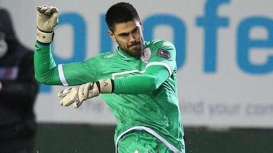 Valdés fue el hombre más destacado del Lieja, evitando la remontada del Genk. Twitter
