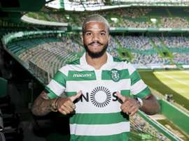 Valentin Rosier com a camisa do Sporting CP. Twitter @Sporting_CP
