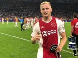 Van de Beek fue el primer goleador del equipo holandés. Ajax