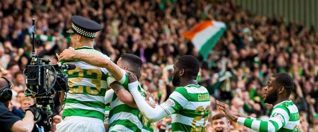 Celtic festeja pela sétima vez o título de campeão escocês.