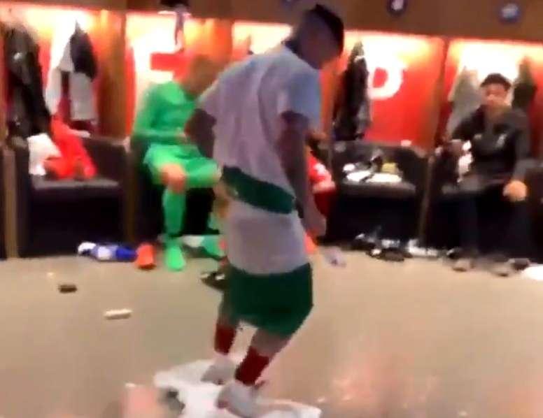 Os campeões da Champions deixaram o vestiário limpo. Instagram/DejanLovren06