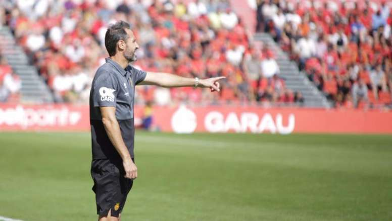 Vicente Moreno regretted how many penalties his team gave away. RCDMallorca