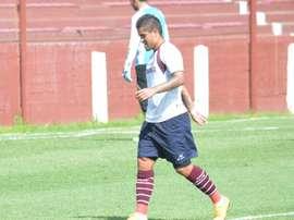 Victor Ayala scored a long-range goal against Banfield. LanusFC
