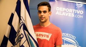 Un contrato renovado. DeportivoAlavés