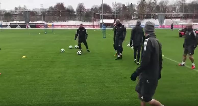 Bayern train ahead of their Champions league match against PSG. Youtube