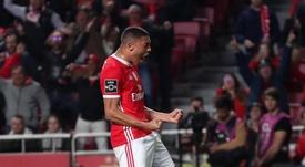 El Benfica golea con otra exhibición de Vinícius. SLBenfica