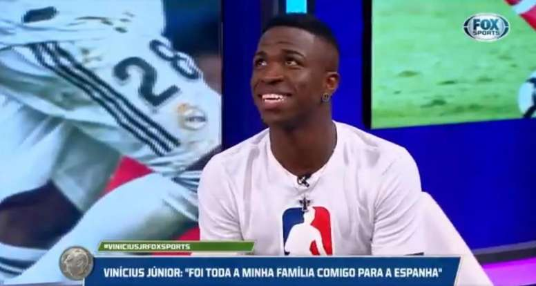 Vinicius Jr said he would choose Benzema over Messi or Ronaldo. Captura/FoxSports