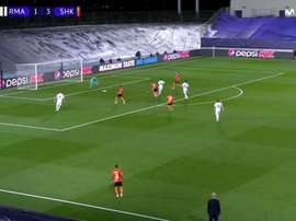 Modric hit it into the top corner. Screenshot/MovistarLigadeCampeones