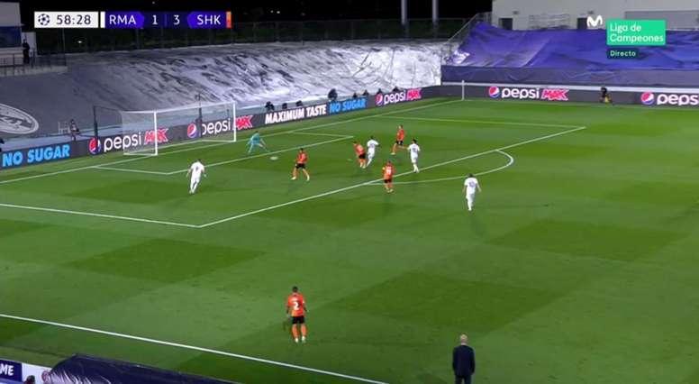 Modric hit it into the top corner. Screenshot/MovistarLigadeCampeones