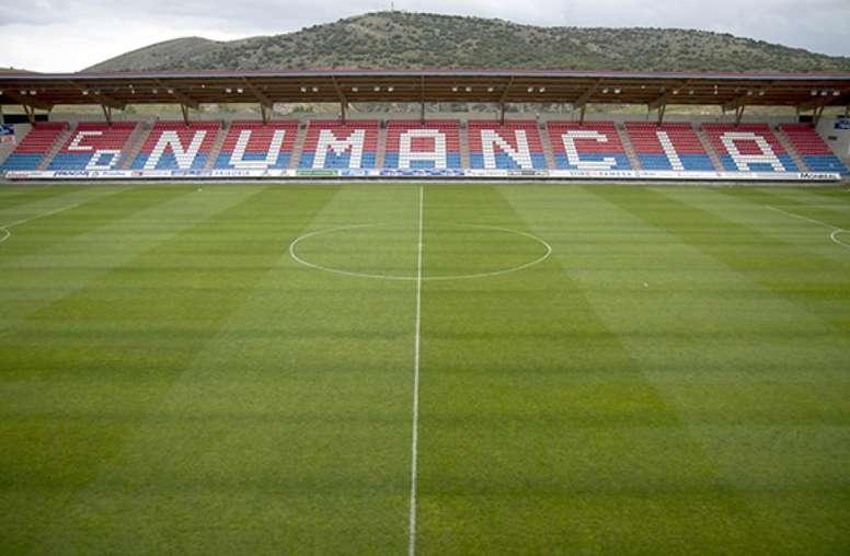 El Numancia Quiere Demostrarle Al Huesca Que Los Pajaritos Es Un