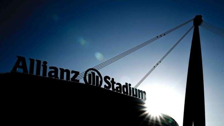 La Juve renueva su acuerdo con Allianz. Juventusfc