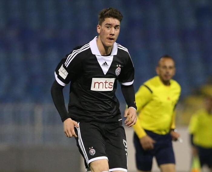 Vlahovic, delantero del Partizan de Belgrado, es un futbolista con mucho futuro. Juventuz