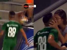 Wanderson went to kiss his girlfriend, but the goal did not count. Capturas/DiemaSport