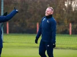 Rooney já treina com o Derby County. Captura/RamsTV