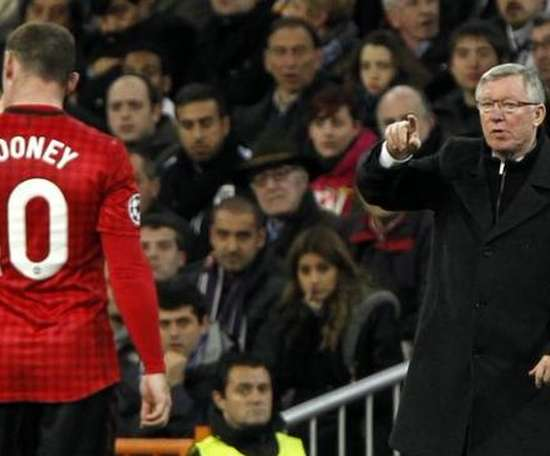Wayne Rooney tacle Alex Ferguson. Twitter