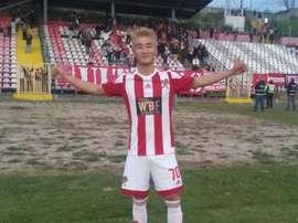 André Villas-Boas contrata ao jogador do Leixões Shiaho Wei. LeixoesSC