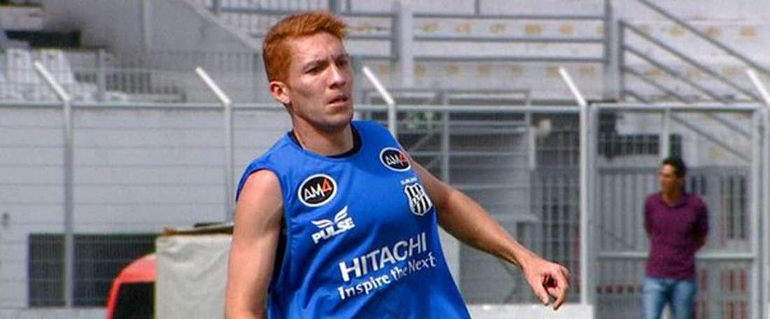 Weverton Almeida Santos, Ferrugem, durante un entrenamiento con la Ponte Preta. SportTV