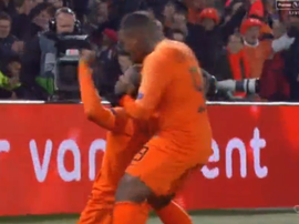 Wijnaldum opened the scoring against France in Rotterdam. CAPTURA