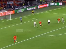 Georginio Wijnaldum scored in stoppage time as Germany lost 0-3 in Amsterdam. Captura/beIN