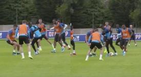 Las diabluras de Zaha en el entrenamiento del Crystal Palace. CPFC