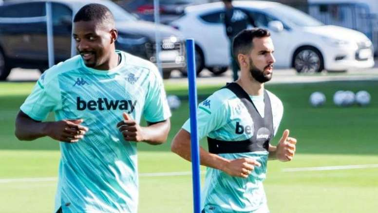 William Carvalho is widely sought after. EFE