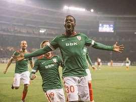 Williams, celebrando su gol ante el Torino en la pasada Europa League. Twitter