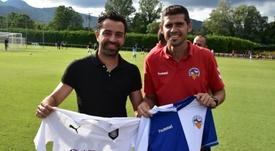 Xavi consigue su primera victoria como entrenador ante el Sabadell. Twitter/Sabadell