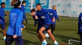 Chelsea pode contratar o jovem jogador do Barça. FCBMasia