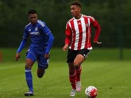 Yan Valery, que aún no ha llegado a la mayoría de edad, firmará su primer contrato profesional con el Southampton. SaintsFC