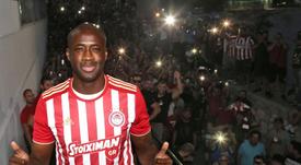 Yaya Touré reste ignoré par son club. Twitter/Olympiacos_org