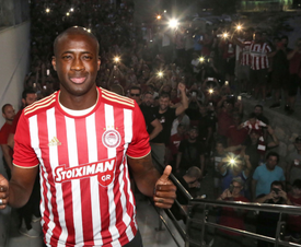 Yaya caused quite a stir in Athens. Twitter/olympiakos_org