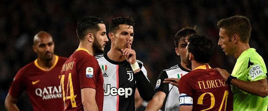 Florenzi falou sobre Cristiano Ronaldo no final do encontro da Roma frente à Juve. AFP