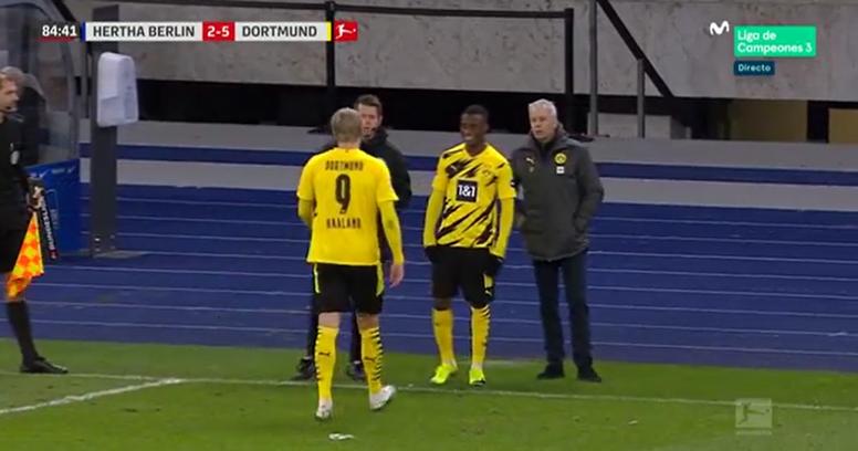 Moukoko ya es leyenda: debut en la Bundesliga... ¡con 16 años y un día! Captura/MovistarLaLigadeCamp