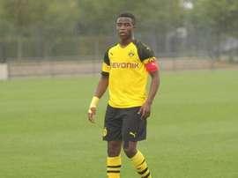 La jeune promesse du BVB va déjà jouer avec les U19. Twitter/Guardiolato