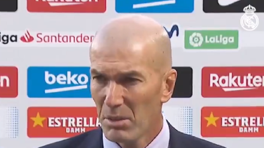 Zidane was not drawn on the refereeing controversy. Screenshot/RealMadrid
